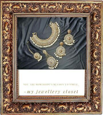 Exquisite Kundan Necklace Set Comes With Jummar Earings Tikka Made Up Of Antique