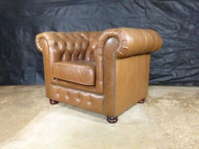 EB548  Brown Leather Chesterfield Lounge Chair Vintage Retro Club Seating