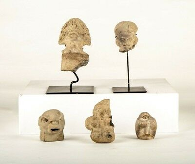 5 pieces of PreColumbian Tumaco Carved Clay Heads and Figures Collection. 300A.C