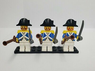 vintage LEGO 2525 RED IMPERIAL SOLDIER FLAG 6X4 spare part lot set PIRATE SHIP