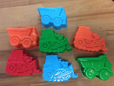 NEW 14 x Assorted Construction Sand Moulds