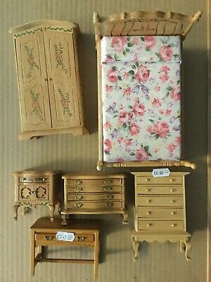 1/12th DOLLS HOUSE PINE BEDROOM FURNITURE