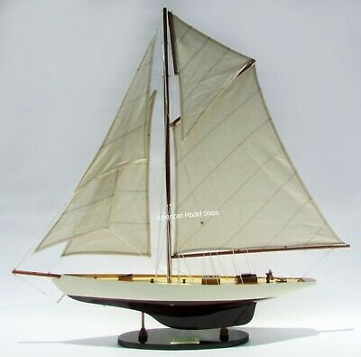 """Columbia Sailboat Model 30/"""" Handcrafted Wooden Model Display"""