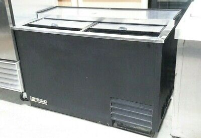 """Used 50"""" True T-50-GC Glass/Plate Chiller"""