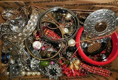 Jewelry Vintage Mod Huge Lot Craft Box FULL POUNDS Brooch Necklace Earring M49