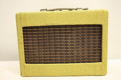 Fender Mini Twin Amp Guitar Amplifier