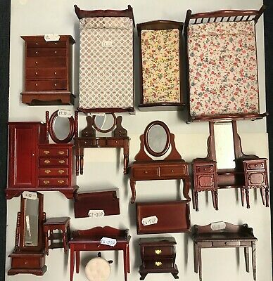 1/12th DOLLS HOUSE MAHOGANY BEDROOM FURNITURE