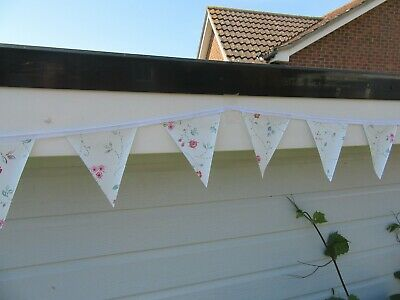 Dainty Floral Pvc Garden / Inddor  Bunting 3 Mtrs Approx 10Ft