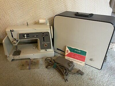 VINTAGE SINGER Sewing Machine 631G 1960s (w/ Original Manual)