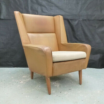 EB611 Danish Tan Leather Winged-Back Lounge Chair Mid-Century Modern Seating