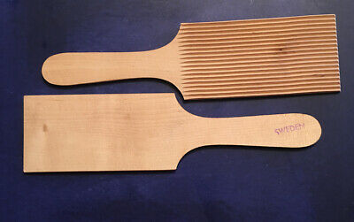 Wood Butter Hand Grooved Paddles (2) - Sweden