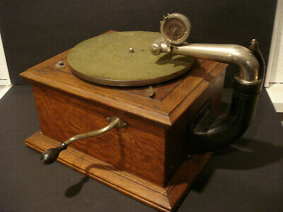 Antique Victor Victrola Phonograph Model VV IV Talking Machine Record Player