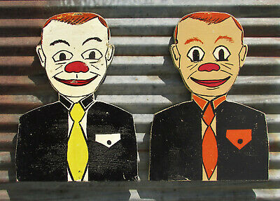 VINTAGE CARNIVAL KNOCK DOWN HEADS TARGET GAME SIGN ARCADE MIDWAY CLOWN PUNK ride