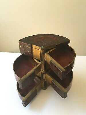 FINE Antique Japanese Fan Lacquer Box
