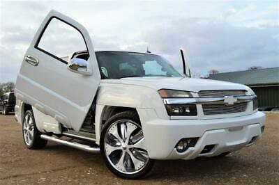 Fresh Import Chevrolet Avalanche V8 Crew Cab Pickup Automatic White