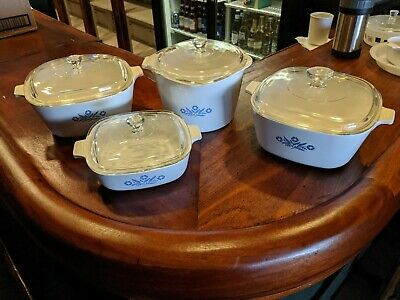 4 Vintage Corning Ware Cornflower Baking Dishes with Lids