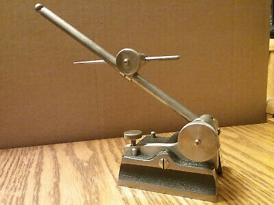 """Starrett Surface Gage - 7½"""" Spindle - 2⅞"""" X 2½"""" Base - 4"""" Scriber"""
