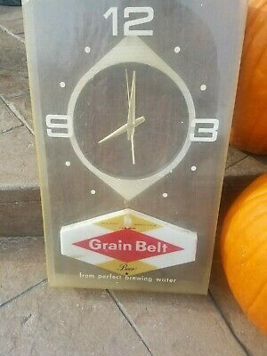 VINTAGE grain belt beer advertising lighted wall clock sign collectables