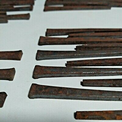 """LOT OF 60 old FIND VINTAGE  NOS UNUSED rusted 2 1/4"""" + 2 1/2""""  SQUARE CUT NAILS"""