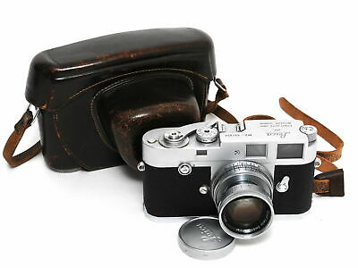 Leica M2 chrome first version w. First Butch Rewind Button and Summicron 2/50mm