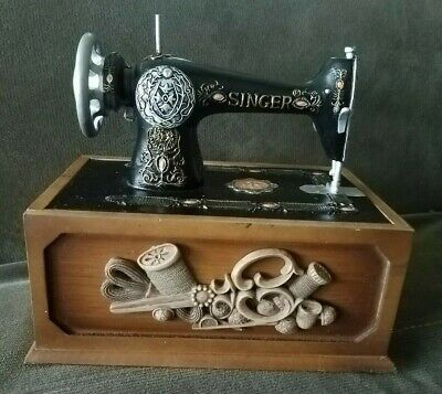 Vtg Replica Antique Singer Sewing Machine Sewing Kit In Wooden Box