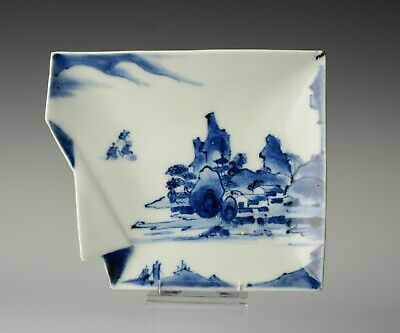 A rare early Japanese porcelain dish, Arita, origami-inspired form, c.1650-1670