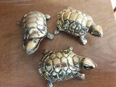Vintage inspired the three Turtles sisters desk windows side table gold colour..