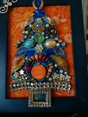 Jewelry Christmas tree, framed. Handmade