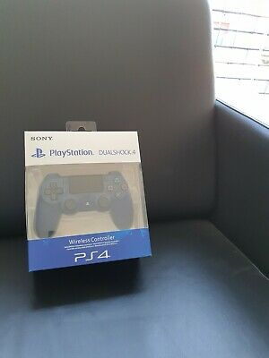 Sony DualShock 4 (3001549) Wireless Controller for PlayStation 4