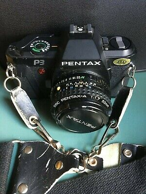 VINTAGE PENTAX P3 35mm CAMERA with a SMC PENTAX-A 1 : 1.7 50mm ZOOM LENS - VG+