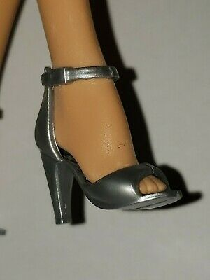 SILVER HIGH HEEL OPEN TOED SHOES  for Barbie FITS high ARCHED feet