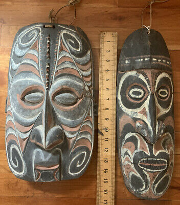 2 Large Wood Carved Pair Papua New Guinea Spirit Tribal Masks Wall Hangings