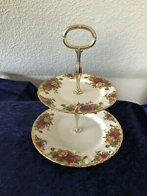 Royal Albert Old Country Roses Etagere