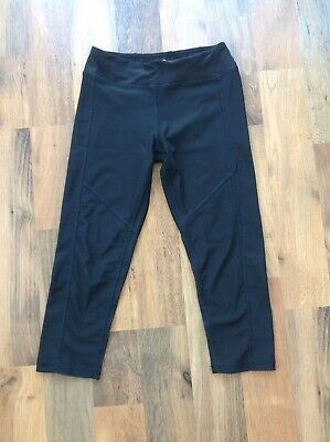 """Girls sportswear, black leggings, cropped length, size """"L"""" to suit age 12-14 yrs"""