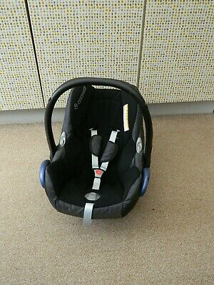 maxi-cosi first size car seat in black suitable from birth