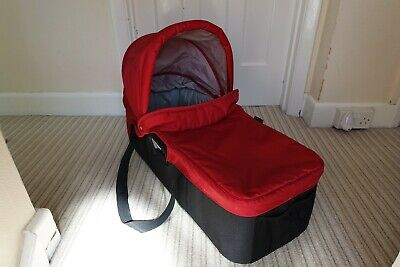 Baby Jogger Compact Carrycot / Bassinet with buggy adaptors