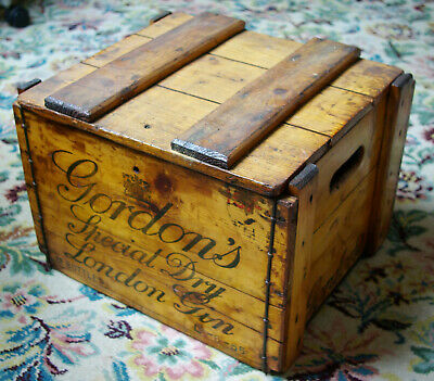 Vintage Gordon's Special Dry London Gin  Wooden Box Crate for 12 bottles