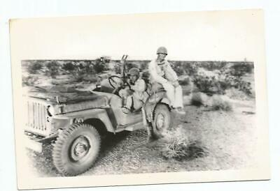 Original WW2 Photo - Soldiers in a Jeep