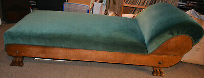 Antique 1920s Green Fainting Couch with Lion's Claw Feet in Excellent Condition!
