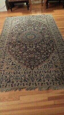 """Exquisite  Wool Hand Knoted Naeen Area  RUG  5' 4"""" X 8' 10"""""""