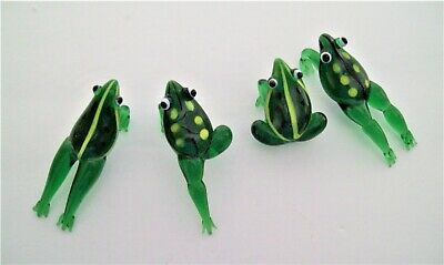 Green Frogs Art Glass Drink Charms Figurines