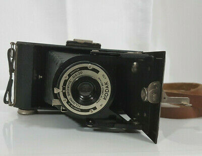 Kodak Brownie Six _20 Folding Camera .Gt BRITIAN  1937 To 40
