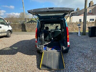 Renault Kangoo AUTOMATIC WHEELCHAIR ACCESSIBLE mobility disabled ramp wav ramp