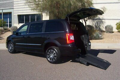 2014 Chrysler Town & Country S Wheelchair Handicap Mobility Van 2014 Chrysler Town & Country S Wheelchair Handicap Mobility Van BEST PRICE