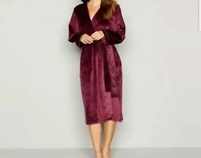 B By Ted Baker - Purple Hooded  dressing gown / Robe. Size 16-18