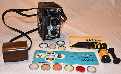 NICE Yashica Mat 124 TLR Twin Lens Camera, 80mm Yashenon, Filters, Instructions