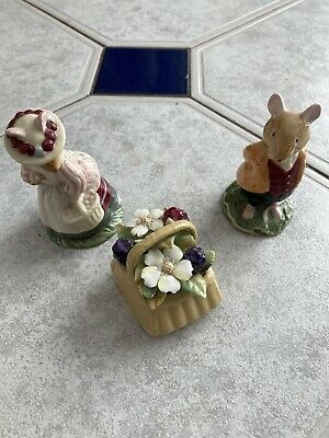 Royal Doulton Brambly Hedge Figurines.Lord and Lady Woodmouse Plus Autumn Basket