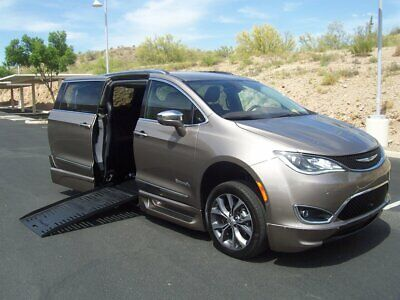 2017 Chrysler Pacifica Limited Wheelchair Handicap Mobility Van 2017 Chrysler Pacifica Limited Wheelchair Handicap Mobility Van BEST PRICE