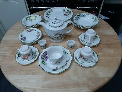 Victorian Orchard - Churchill Chinaware, selection of various pieces