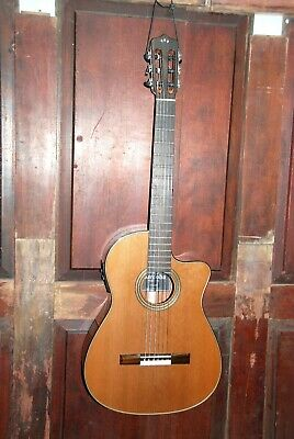 Cordoba Fusion 12 Natural Nylon String Acoustic-Electric Classical Guitar W/HSC